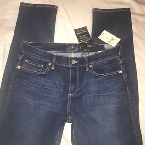 ⭐️Lucky brand, size29 💎 NEVER WORN w/TAGS ⭐️